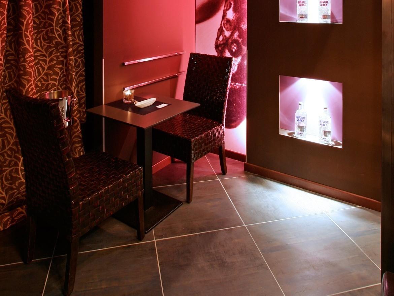 Tegels Keuken Schoonmaken : Woonkamer tegels schoonmaken : Boavista Lounge Bar Ceramiche Refin S p